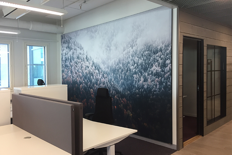 AKUprintti seinävisuaalit Nordic Semiconductorille Ouluun